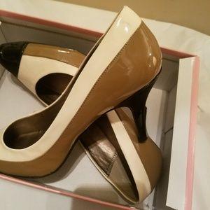 Mocha women's heels size tens